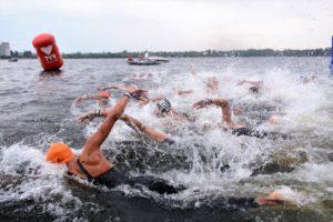 Rússia – Anastasia Krapivina e Denis Adeev vencem a 1ª etapa da on