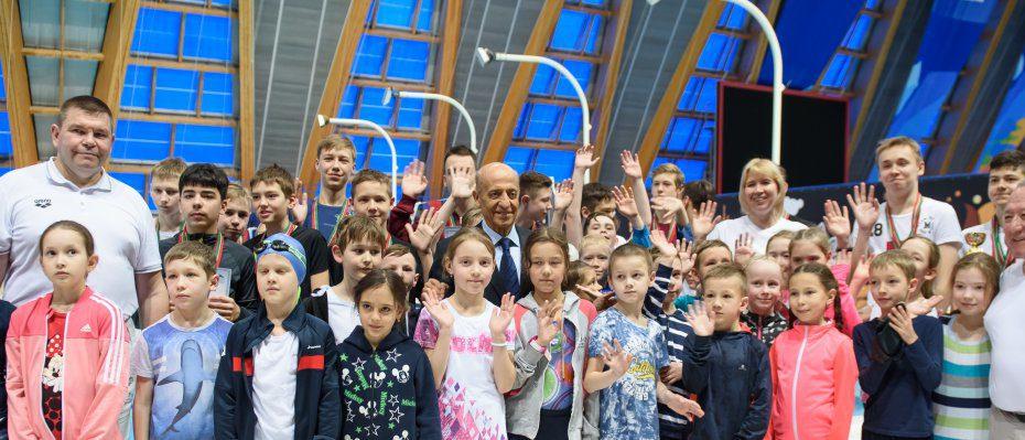 FINA President pays visit to FINA Development Centre in Kazan