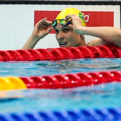 Carol Santiago conquista segundo ouro no Mundial de natação paralímpica, em Londres