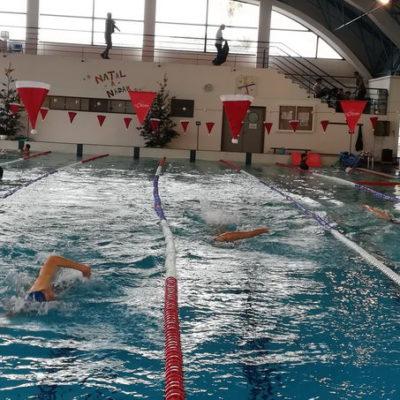 Natação Clube Naval da Horta  – Atletas nadaram mais de 13 mil metros no evento Quatro Horas a Nadar