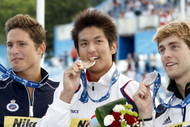 Pensamentos perigosos do nadador japonês Junya Koga durante a suspensão de 2 anos