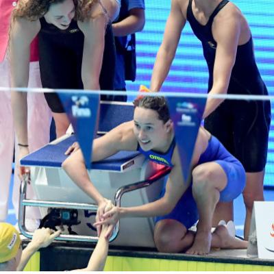 Competição de revezamento virtual agita nadadores na Austrália